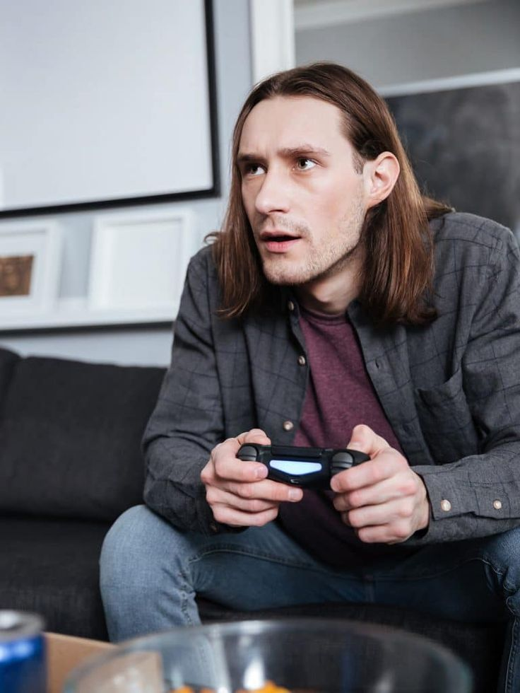 In a new German study which pitted video gamers against non-gamers in a learning test, gamers performed significantly better and exhibited increased activity in brain regions associated with learning. Specifically, the gamers were better at analyzing a situation quickly in order to generate new knowledge and categorize facts, particularly in situations with high uncertainties. Neuropsychologists at the Ruhr-Universität Bochum studied 17 volunteers who had reported that they played…