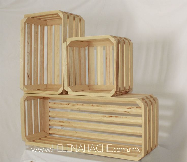 Caja estate tipo huacal para la construcción de mobiliario modular. Útil para almacenar, exhibir, dividir y de ornato.
