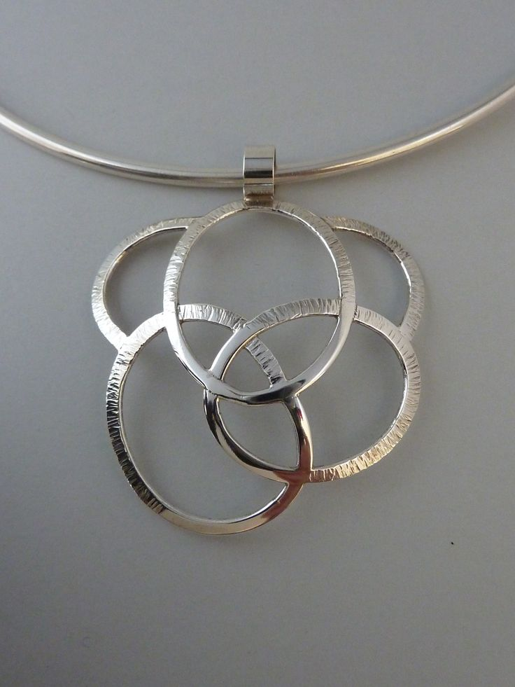 Pendant silver Anita Braat-Hopstaken, Passions Jewellery Design