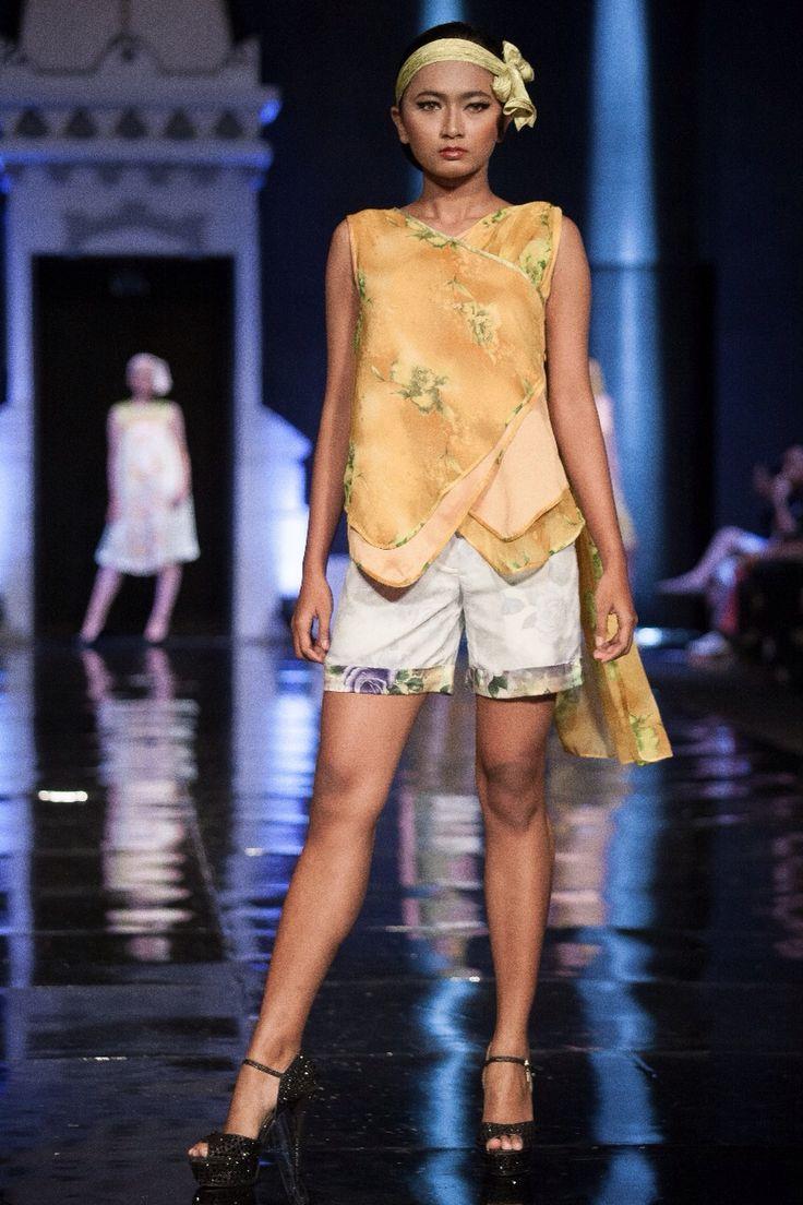 2nd look  WANDERLUST: a sweet escape  For Jogja Fashion Week 2014