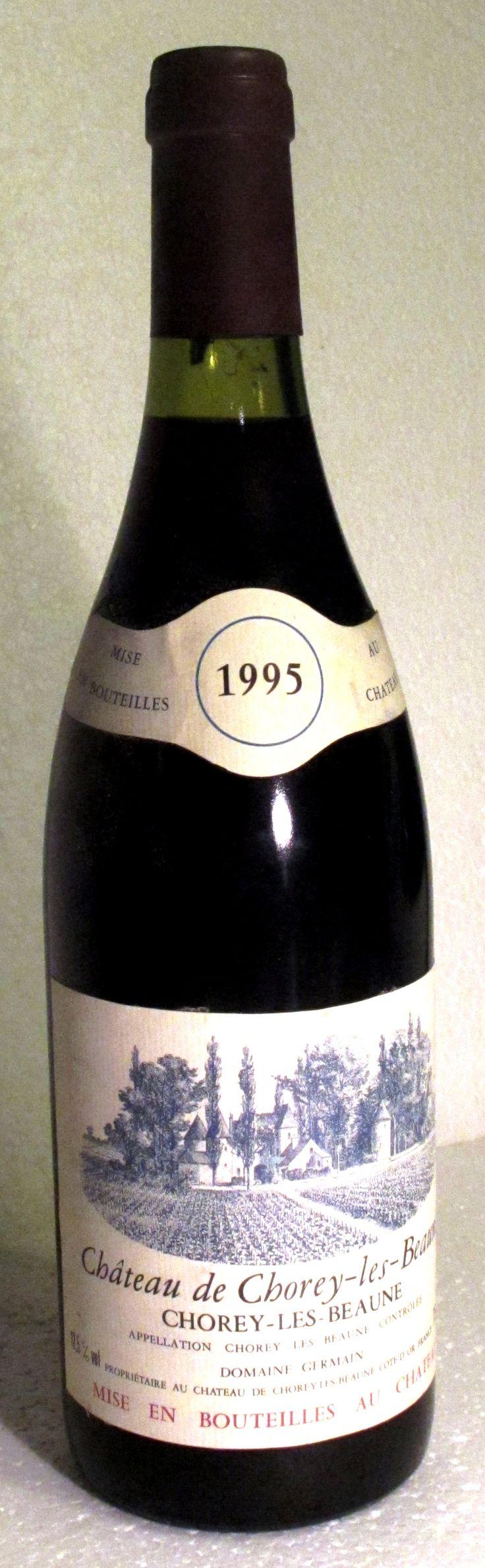 09. Oktober 2014 - Domaine Germain: Château de Chorey-les-Beaune 1995, Burgund, Frankreich - So geht es wohl Menschen, die wenig wissen über einen Winzer, ein Weingut oder über eine Appellation. Jedenfalls ist es mir so ergangen: Ich war allein zu Hause und holte mir eine Flasche aus dem Keller, eine Flasche, die nicht registriert ist in meinem sonst pingelig genauen Kellerbuch.