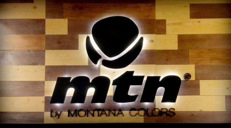 Fotos de los stand de Extreme4me y Montana Colors para la feria Paperworld 2016