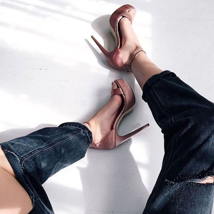 Style of the Day (via: @pinkcloudland) #SanteGirls #SS17 Available in stores & online (SKU-96061): www.santeshoes.com