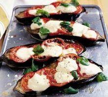 Bakłażan faszerowany - poznaj najlepsze przepisy na doskonały bakłażan faszerowany warzywami, bakłażan faszerowany serem i bakłażan faszerow...