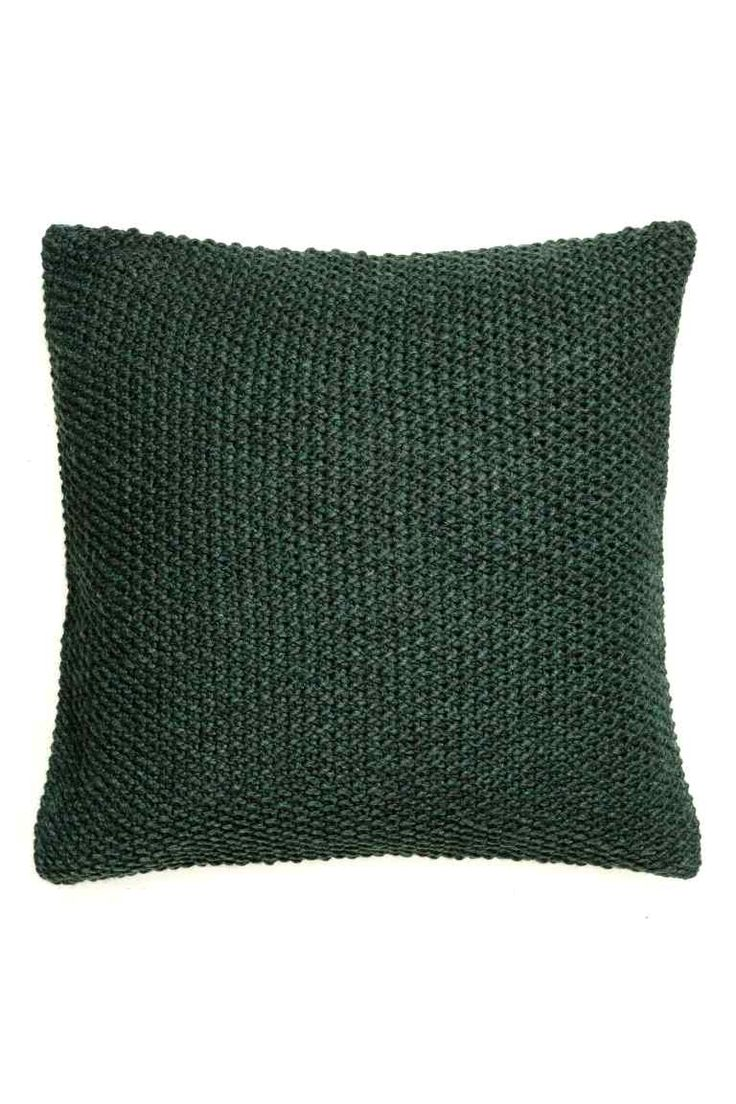 Capa almofada malha de arroz: Capa de almofada em malha de arroz na parte da frente e em tecido de algodão na parte de trás. Fecho de correr oculto.
