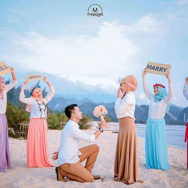 So cute! Captured by @megapixel_aceh ♥♥♥ . . . #follow #nocrop #banda #vscocam #indonesia #tagsforlikes #instalike #intagram #insta #prewedding #photographer #bridestory  #wedding #weddingaceh #medan #instamood #instagramhub #follow #followme #instaaceh #ig_aceh #aceh #vscocam #vscoaceh #vsco #acehphotoclub #insta_aceh #megapixel_aceh #acehkece