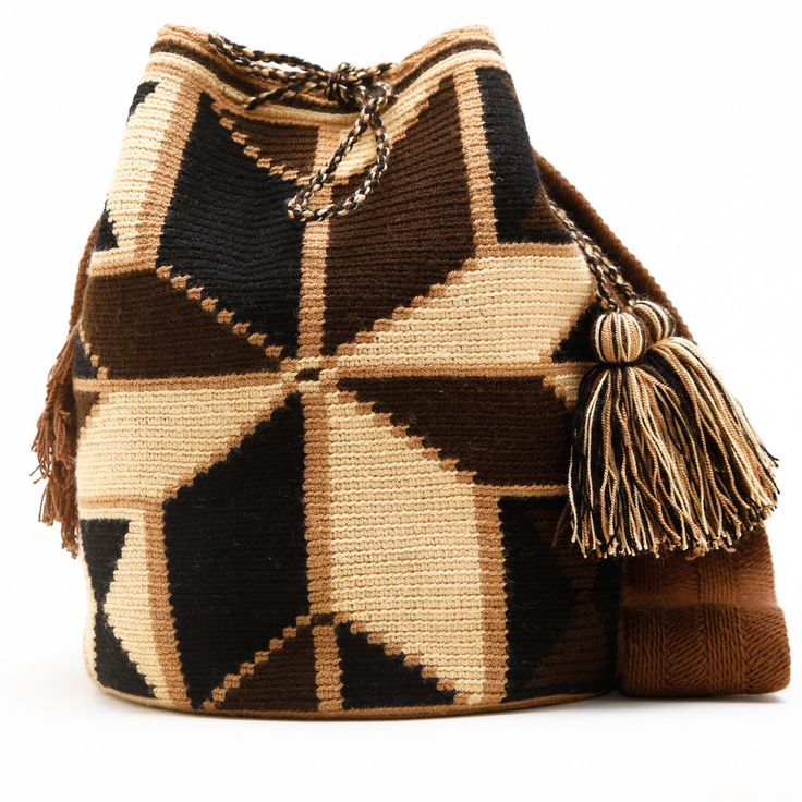 Handmade Wayuu Boho Bags | WAYUU TRIBE Crochet Patterns, Fair Trade – WAYUU TRIBE | Handmade Wayuu Mochilas Boho Bags | Crochet Patterns