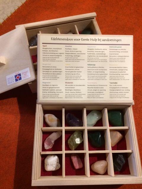 Speciaal voor Adelaine van de Edelstenenzolder mochten wij kistjes maken met 12 en 24 vakjes.
