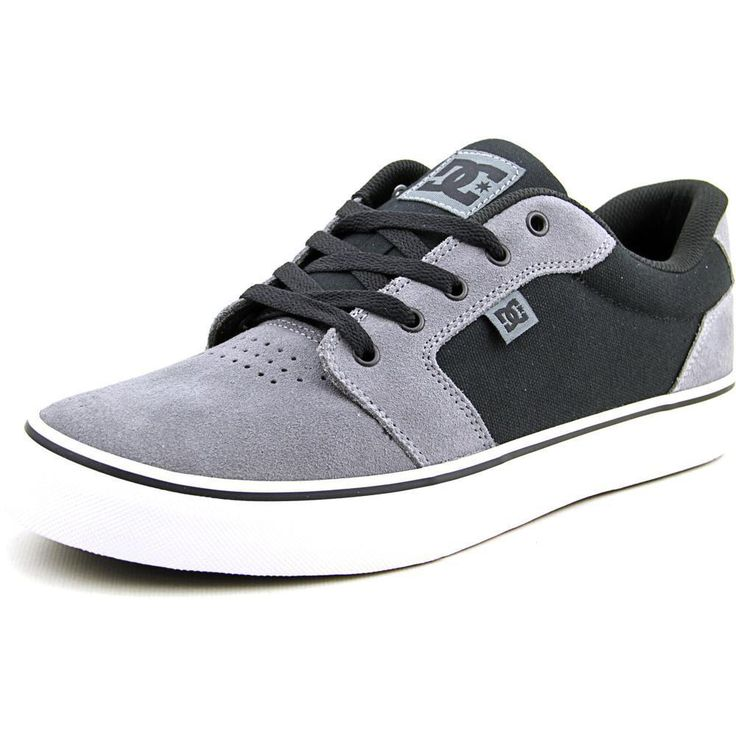 Enjoy the comfort and appeal of these DC Shoes Men's 'Anvil' Regular Suede Athletic Shoes. Whether you want to just kick it or kick-flip it, get into the dc shoes anvil skate shoes. With its regular s