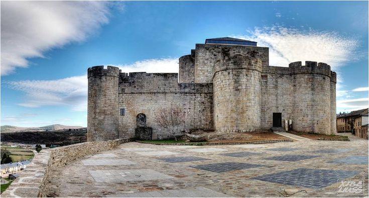 Castillo de Puebla de Sanabria, Zamora, España (SPAIN)