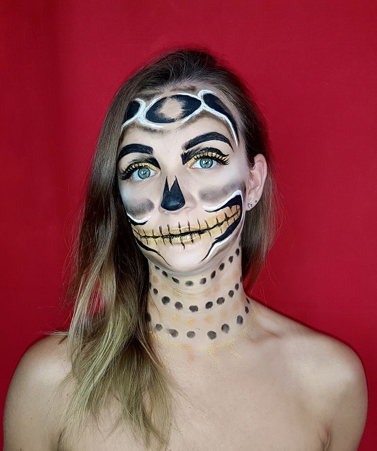 Halloween makeup ideas  For full tutorial and more makeup ideas visit our channel:  https://www.youtube.com/watch?v=x9wAjuHBKIw  #halloween #makeup #halloweenmakeup #tutorial #youtube #diynikolalexandra