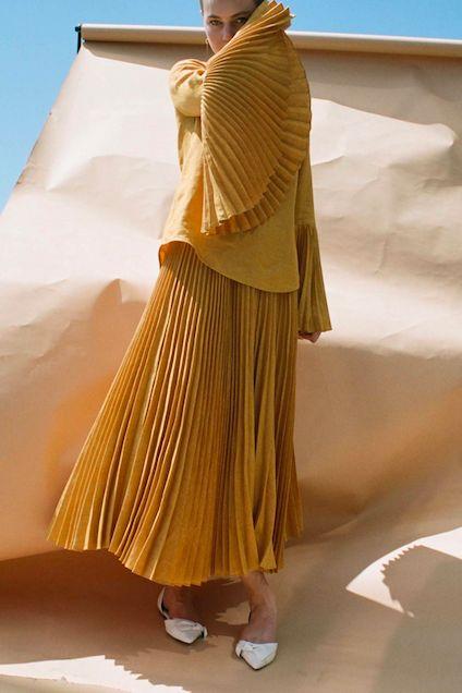 High Waisted Pleat Skirt | DES KOHAN