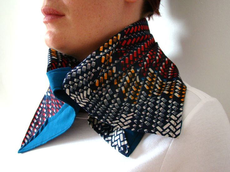 Pattern  mix: Blue, Yellow, White teamed with blue reverse