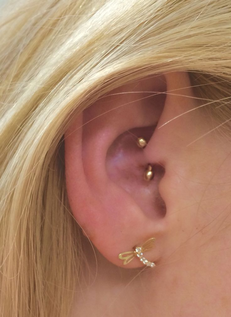 how to put cartilage piercing back in