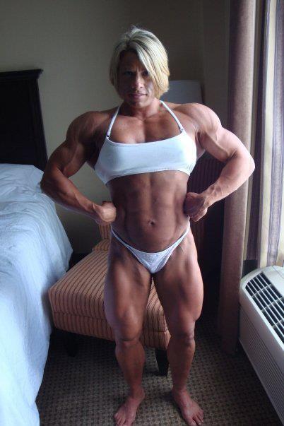 Julie Bourassa | Ass and Muscles | Fit women bodies ...