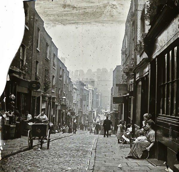 Eyre Street Hill, Little Italy, Holborn, 1890