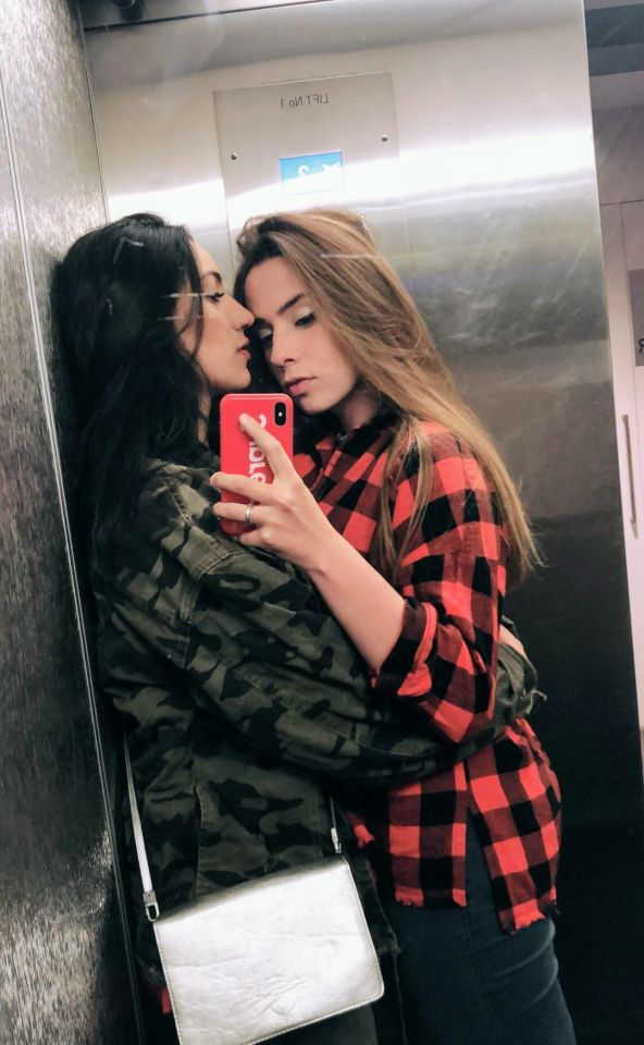 Pin by Red Lion 1990 on Lesbianism in 2020 | Meet girls