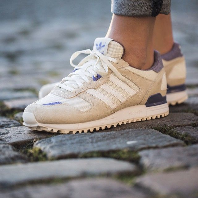 womens adidas zx 700 beige christmas