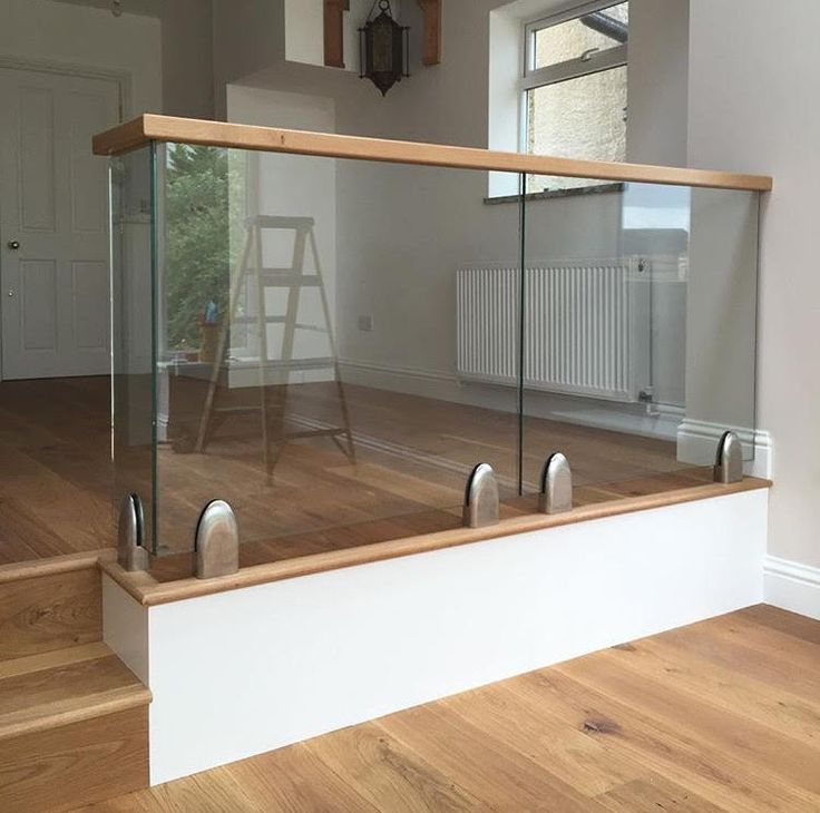 Discover the elegant collection of frameless toughened glass balustrades supplied and fitted by London Glass Centre.