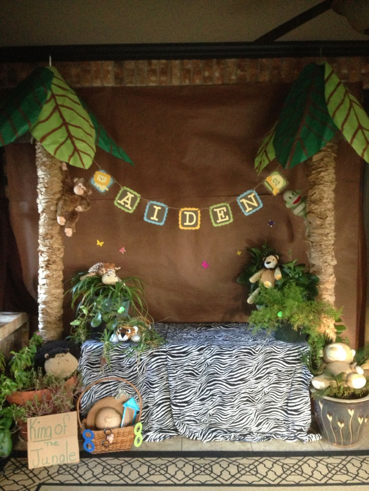 25 best ideas about safari photo booth on pinterest for African party decoration ideas