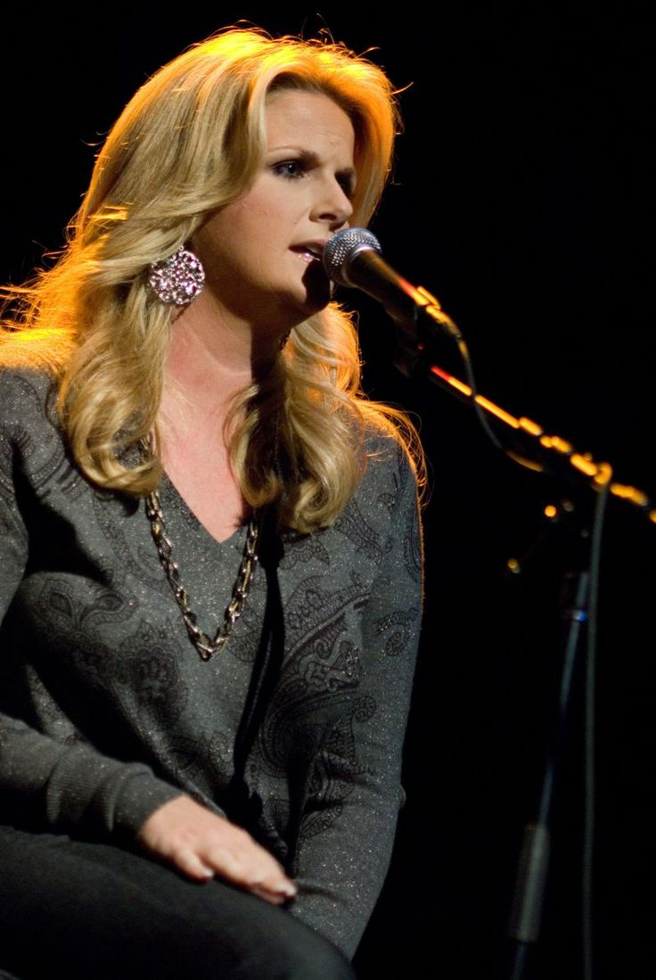 Trisha Yearwood https://play.google.com/store/music/artist?id=Aoxq3iz645k55co23w4khahhmxy&feature=search_result