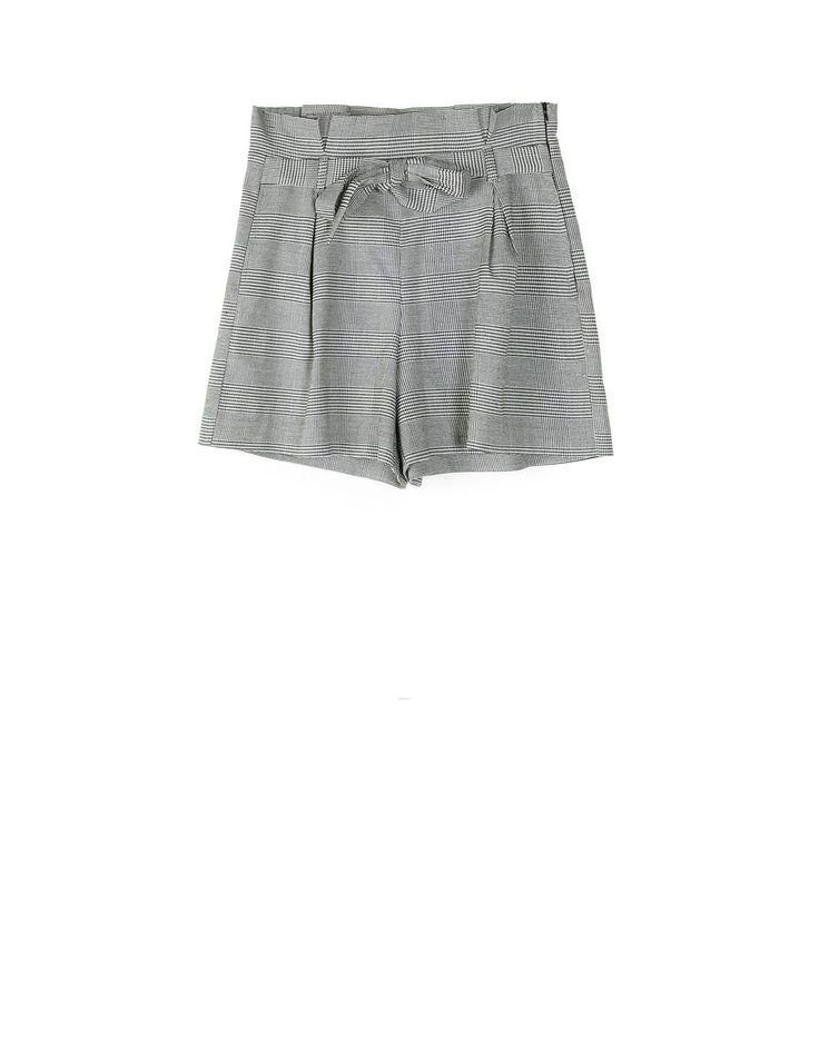 Grey checked shorts. Fall/Winter 2017-2018 Trends