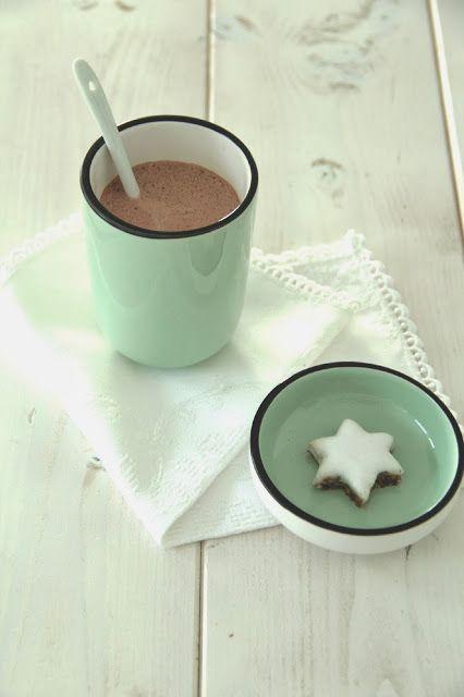 Heiße Marzipan-Schokolade