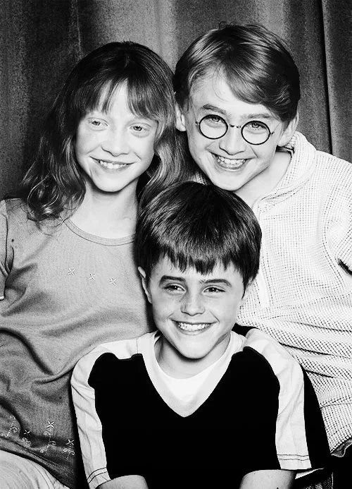 face swap! Emma and Rupert look creepy, and Dan looks like a little boy I know, lol
