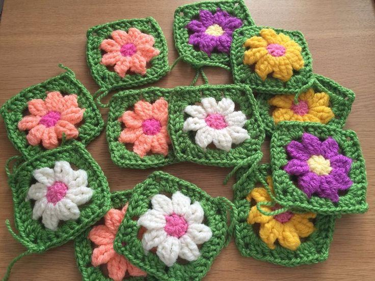 20 Crochet Granny Squares with DAISY design,  BEAUTIFUL...