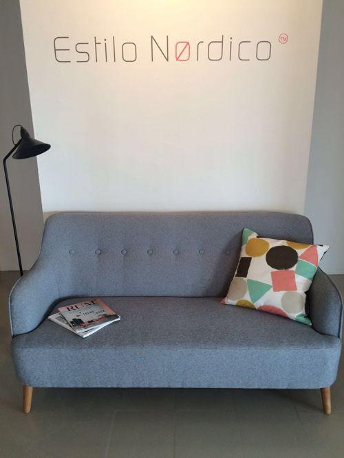 Bienvenido a Las oficinas de Estilo Nørdico #Littlephant #cojines #lamparadepie #olssonjensen #estilonórdico