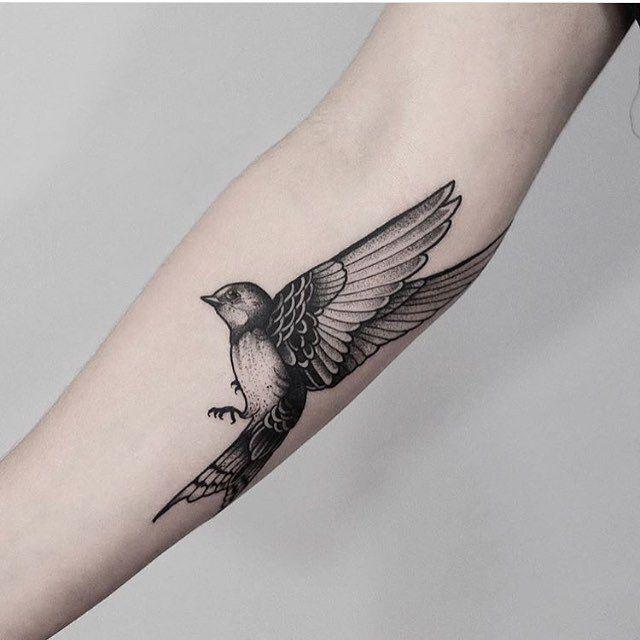 I Like This Bird Tattoo But With Flowers Added Behind The Bird Blackwork Bird Tattoo By Jonas Ribeiro Inked Bird Tattoos Arm Black Bird Tattoo Serpent Tattoo