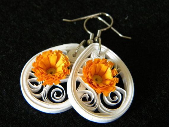 Small Quilled Paper White Earrings with by ParchmentPerfection