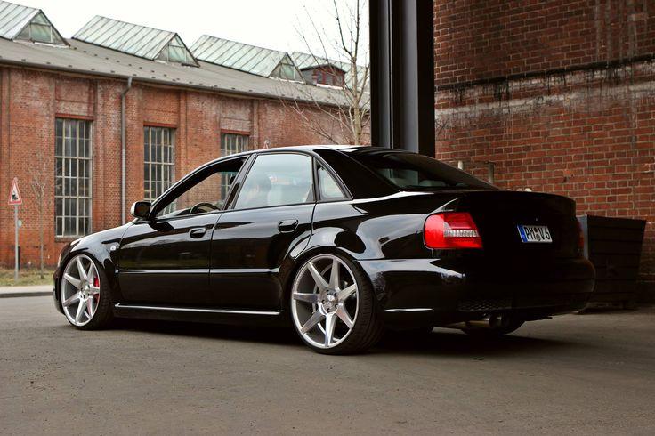 Pantherschwarz Kristalleffekt - Audi (R)S4 B5 Limousine - by Marian Beutler (https://www.facebook.com/marian.beutler)