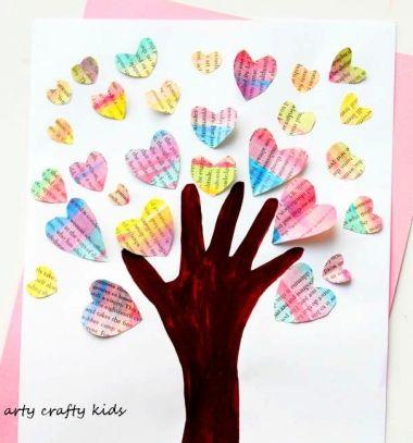Handprint Valentine heart tree - kids craft idea // Szeretet fa - szívecskés képeslap kéz lenyomattal (körvonallal) // Mindy - craft tutorial collection