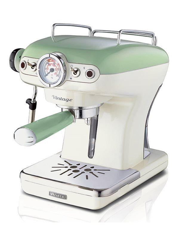 Pronti per gustare un ottimo espresso comodamente a casa vostra?  Ariete Macchina Espresso Vintage darà anche un tocco rétro-chic alla vostra cucina. In offerta su Rospetto.com a soli 112,44€!  #ariete #arietevintage #vintage #retrò #espresso #macchinaespresso #verde #caffè #colazione #breakfast #coffee #home #homedecor #coffeetime #coffeelover #coffeemachine #buonocomealbar #cappuccino #caffèitaliano #breakfasttime #pausacaffè #caffèitaliano #italiancoffee