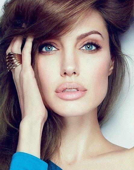 Stunning Makeup.