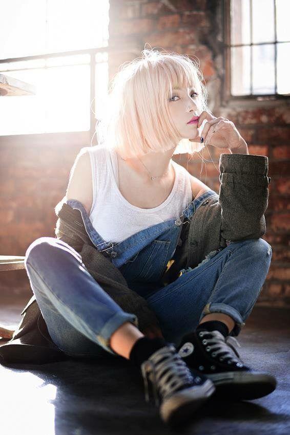 Korean Model: Yih Shin
