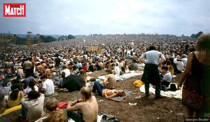 Zoe Ortiz - article sur le festival de musique hippie en 1969 qui s'appelle Woodstock (ressource francais)