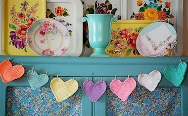 Sweet hearts ^_^Ideas, Heart Garlands, Valentine Day, Colors, Paper Heart, Crochet Hearts, Crochet Pattern, Banners, Crafts
