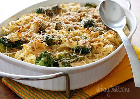 Chicken and Broccoli Noodle Casserole by Skinnytaste: Shredded chicken breast and broccoli cooked with noodles in a light creamy sauce topped with toasted breadcrumbs. A simple one dish meal the whole family will love, even the little ones. #Casserole #Chicken #Broccoli #Noodle #skinnytaste