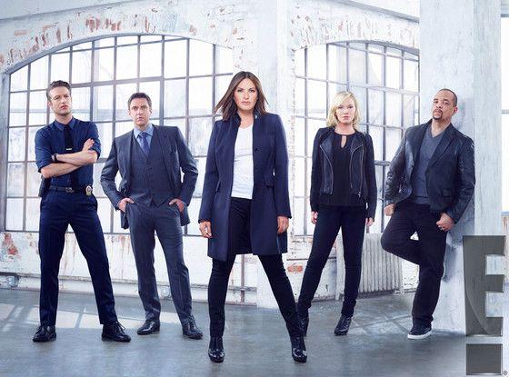 Law and Order: SVU Season 17 Cast Photo Is Super Fierce?Check Out Mariska Hargitay's Main Squad! | E! Online Mobile