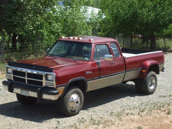 1993 Dodge Cummins Diesel W350 4X4 5 Speed Extended Cab Truck