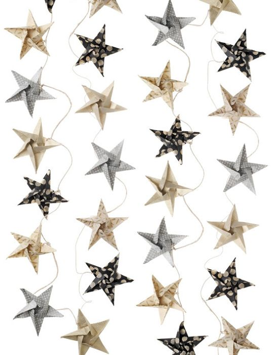 DIY Origami Star Garland (and instructions for making pentagon paper).