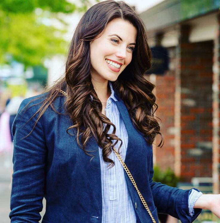 Meghan Ory [Chesapeake Shores; Debbie Macomber's Dashing Through the Snow; The Memory Book]