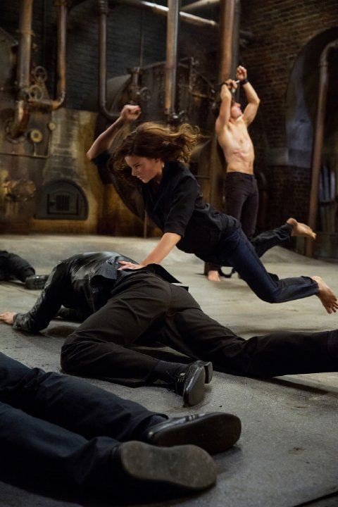 Still of Tom Cruise and Rebecca Ferguson in Mission: Impossible - Rogue Nation (2015)