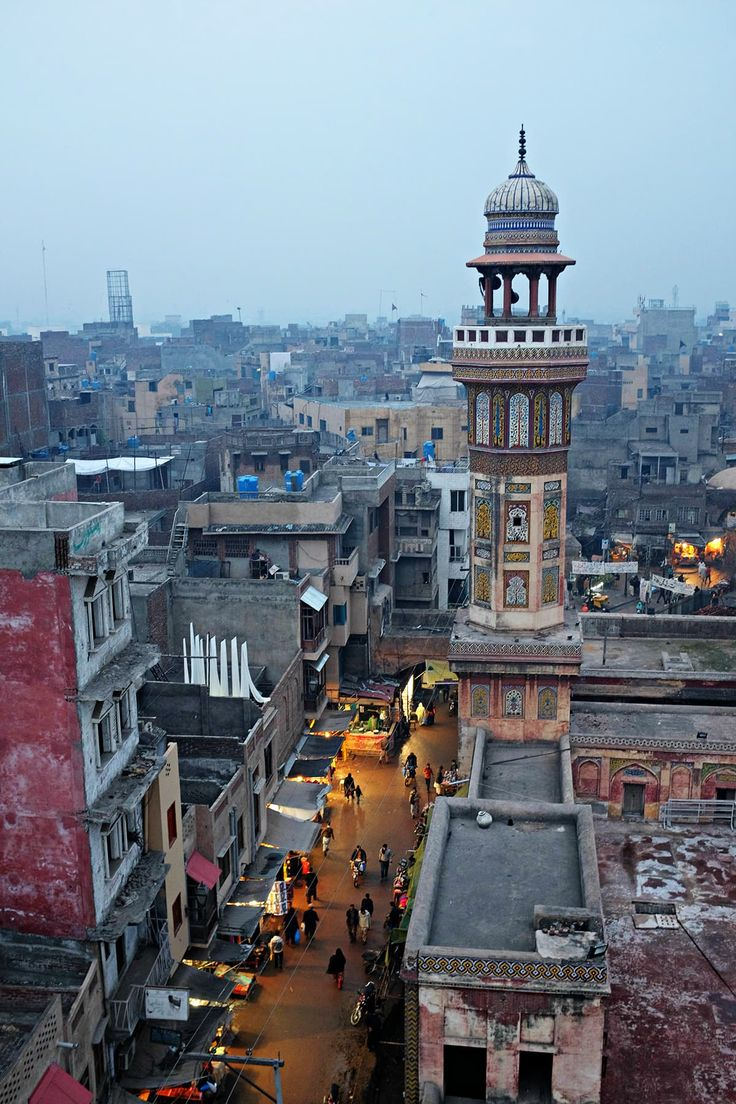 Maryam Zamani and Wazir Khan Mosques - Pakistan