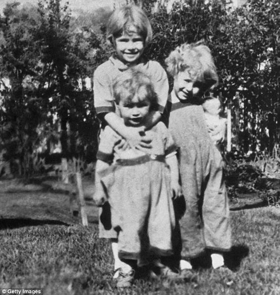 Marlon Brando with his older sisters...