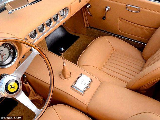 1963 Ferrari 250 GT SWB California Spyder interior (over restored) steel interior driving wheel wood veneer classy leather bege cream simple essential vintage