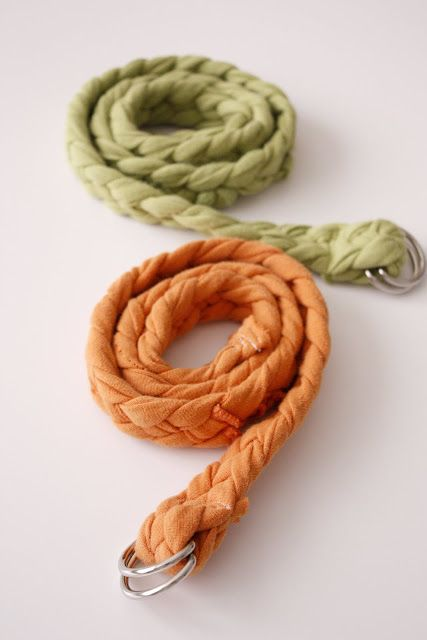 Want another great way to use old T-shirts? Well…how about a braided belt?  It's pretty easy. The part that takes the most time is the braiding really.  To start you just cut four strips of T-shirt. I cut mine 2.5 inches wide.