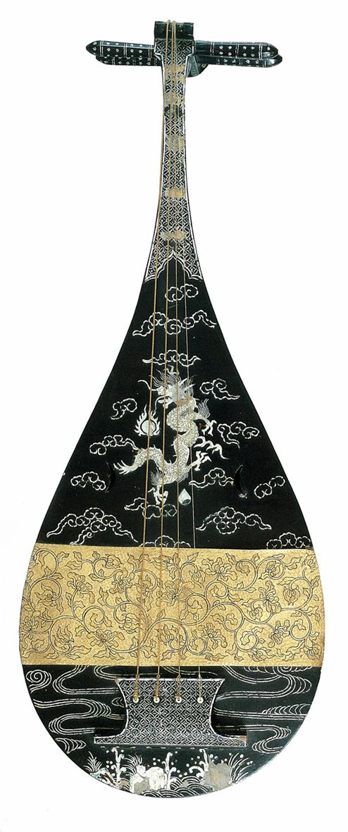 Japanese Lute (Biwa) | Kuro urushi unryu raden biwa  黒漆雲龍螺鈿琵琶  16-17th century. The biwa is used in Gagaku and in the period of the imperial court, also was a solo instrument, as can be seen in the pictures illustrating the Tale of Genji.